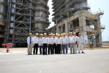 Đoàn cựu cán bộ Công ty Liên doanh Nhà máy Lọc dầu Việt - Nga thăm và làm việc với BSR