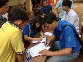 Đoàn Thanh niên PV Drilling khám bệnh và phát thuốc miễn phí tại Bình Phước