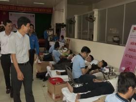 PTSC M&C tổ chức Ngày hội Hiến máu nhân đạo năm 2013