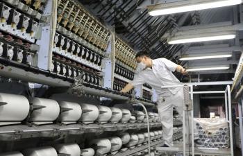 VNPOLY đã đưa vào vận hành 18 dây chuyền sản xuất sợi DTY