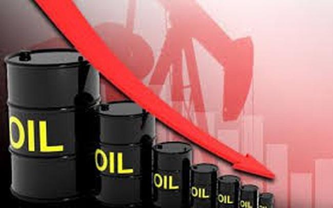Giá xăng dầu hôm nay 3/3: Tiếp tục giảm mạnh