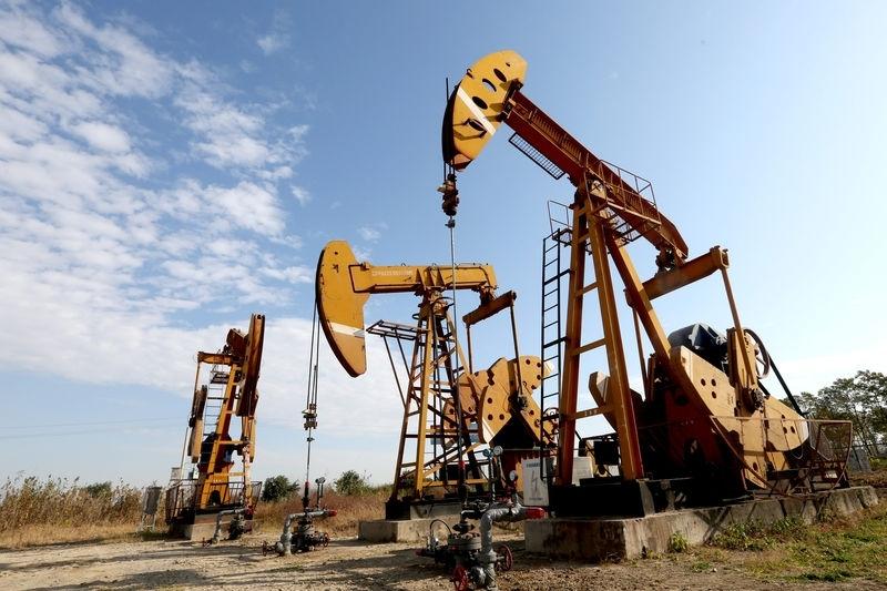 Giá xăng dầu hôm nay 21/3: Ghi nhận tuần lao dốc mạnh