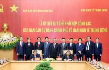 Ban Cán sự Đảng Chính phủ và Ban Kinh tế Trung ương ký quy chế phối hợp