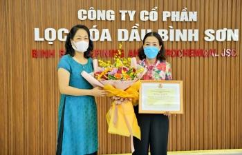 Gia đình người lao động BSR vinh dự nhận Bằng khen Gia đình CNLĐ Dầu khí tiêu biểu