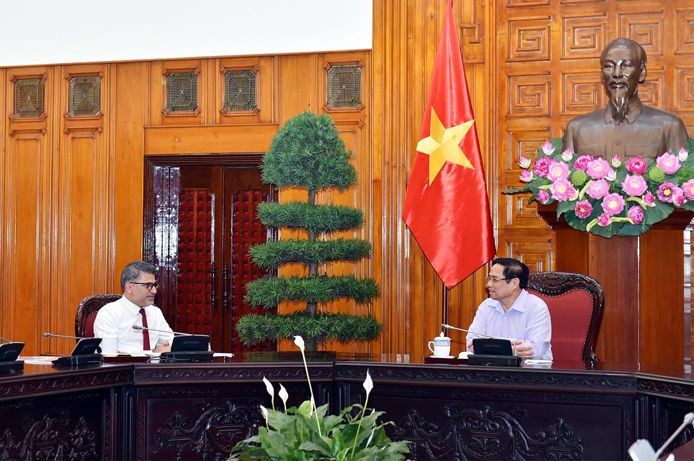 Thủ tướng Phạm Minh Chính làm việc gấp với Tập đoàn AstraZeneca