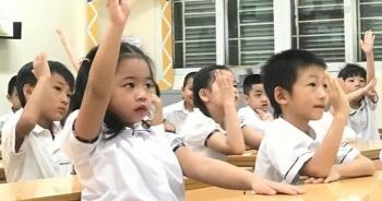 Hà Nội: Học sinh sẽ đến trường sau khi tiêm phủ 2 mũi vắc xin cho người dân