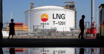Khủng hoảng năng lượng lan rộng, giá nhiên liệu tăng vọt khắp châu Á
