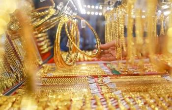 Giá vàng hôm nay 20/11: Ồ ạt bán tháo, giá vàng lao dốc