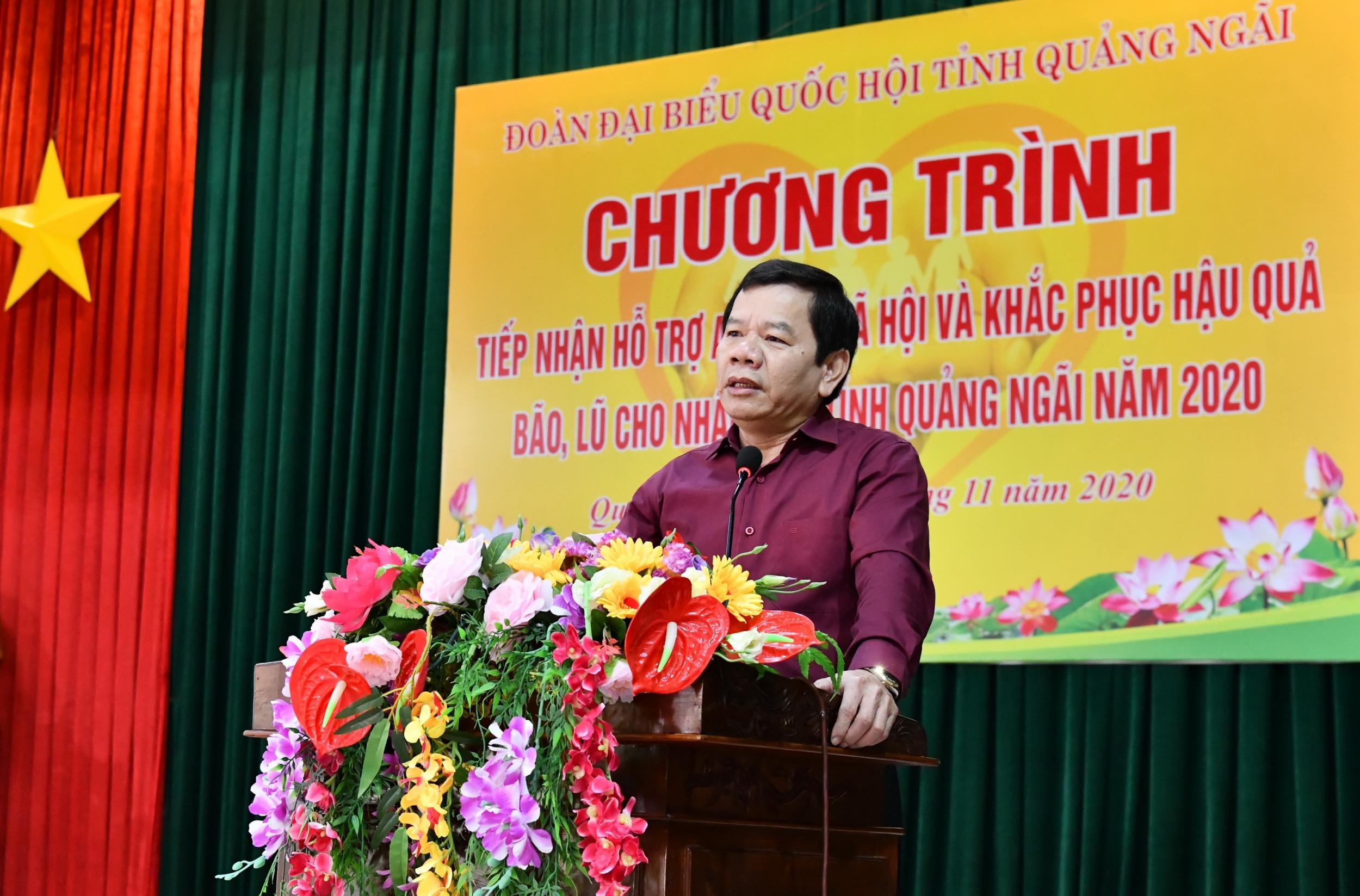 PVN cùng các đơn vị thành viên BSR và PV GAS hỗ trợ tỉnh Quảng Ngãi 2 tỷ đồng khắc phục thiệt hại do bão số 9