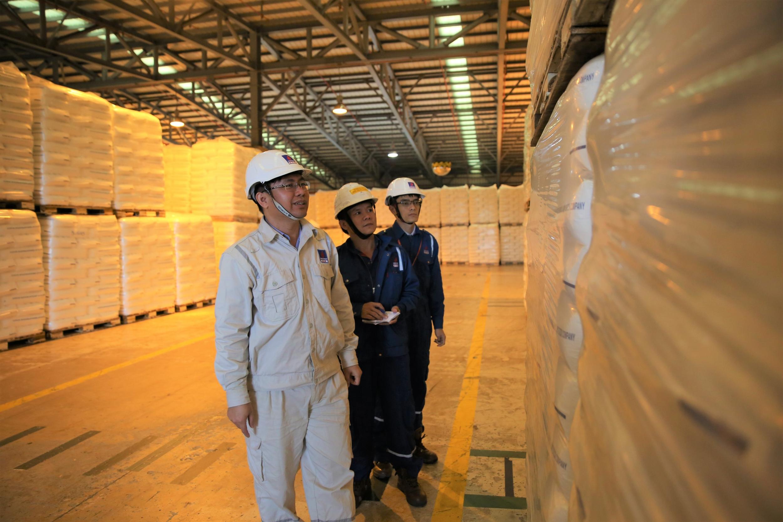 BSR sản xuất và xuất bán sản phẩm hạt nhựa mới T3050