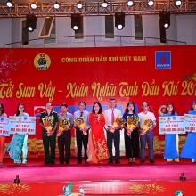 cong doan pvc to chuc tet sum vay cho nguoi lao dong tren cong truong nmnd song hau 1