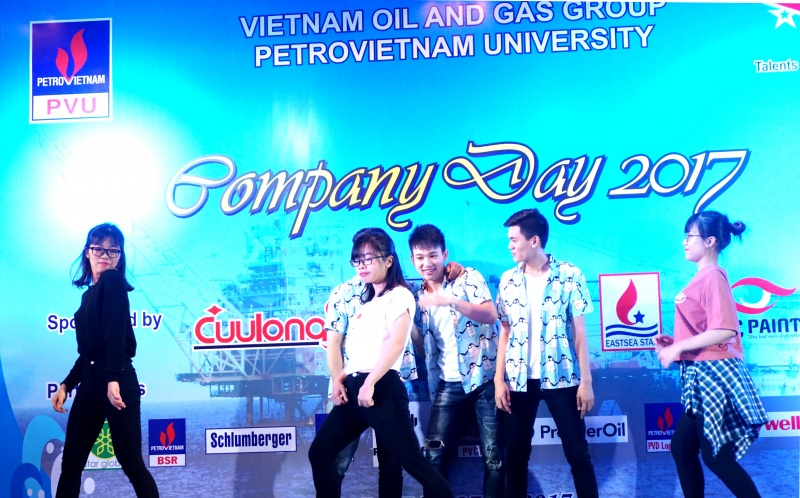 14 doanh nghiep tham gia ngay hoi huong nghiep company day 2017
