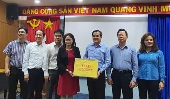 cd dkvn trao 5000 khau trang vai diet khuan cho nguoi lao dong pv drilling