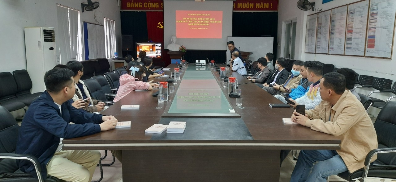 Đảng bộ Tập đoàn Dầu khí Quốc gia Việt Nam tham gia học tập, quán triệt Nghị quyết Đại hội XIII của Đảng