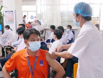 Petrovietnam: Khi vắc-xin là ưu tiên số 1