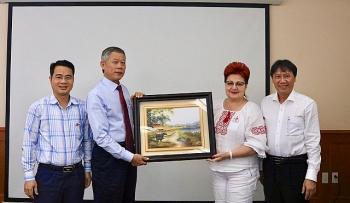 Công đoàn Vietsovpetro làm việc với Đoàn đại biểu Công đoàn công nghiệp hóa chất, khoáng sản và dầu mỏ Cộng hòa Belarus