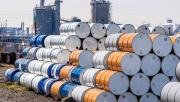 Giá xăng dầu hôm nay 19/4: Lo cầu yếu, rời đỉnh 1 tháng