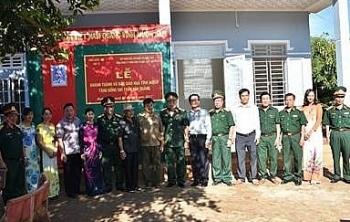 """PVFCCo trao tặng nhà """"Nghĩa tình đồng đội"""" tại Bình Phước"""