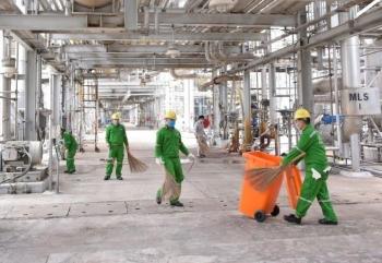 Tuổi trẻ PVFCCo tổng vệ sinh công nghiệp sau BDTT Nhà máy Đạm Phú Mỹ