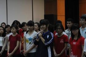 Quỹ Thắp Sáng Niềm Tin trao học bổng cho tân sinh viên